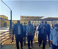 صور| وزير الزراعة ومحافظ البحيرة يتفقدان محطة الإنتاج الحيواني وتصنيع الألبان بالنوبارية