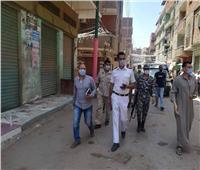 فض سوق قرية كفر منصور طوخ في القليوبية لمنع انتشار كورونا