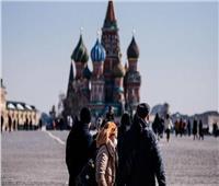 روسيا تسجل 8371 إصابة جديدة بفيروس كورونا و174 حالة وفاة