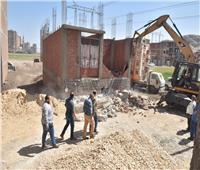 استمرار حملات ازالة مخالفات البناء والتعديات وتنفيذ 16 حالة ازالة بأسيوط