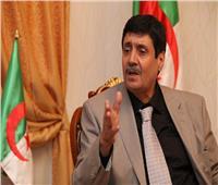 حزب التجمع الوطني الديمقراطي الجزائري يدعو لبناء جبهة داخلية