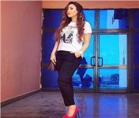فيديو| آية عبد الرؤوف تتجاوز المليون مشاهدة بأغنية «100 فل وعشرة»