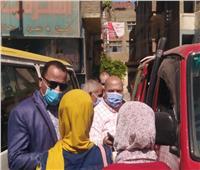 ضبط المخالفين والغير مرتدين للكمامات بمدينة كفر شكر