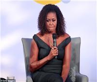 ميشيل أوباما: تربينا جميعًا على التعامل مع مشكلات العنصرية وتقبلها.. لكننا بحاجه للتغيير