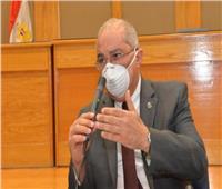 رئيس جامعة أسيوط يشيد بجهود الأطقم الطبية بالمستشفيات الجامعية