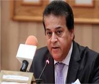 وزير التعليم العالي: 5651 حالة تلقت العلاج بالمستشفيات والمدن الجامعية المخصصة للعزل