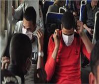صور| في قطارات الغلابة.. التزام الركاب بالكمامة لليوم الثاني