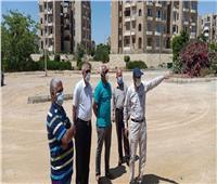 قيادات الإسكان يتفقدون أعمال تطوير محاور الطرق بالتجمع الثالث