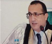 قراراً جمهورياً بتعيين علاء عطيه عميداً جديداً لكلية الطب بجامعة أسيوط