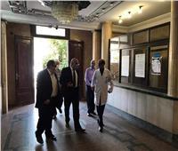 نائب محافظ القاهرة يتفقد مستشفى أحمد ماهر لمتابعة سير العمل