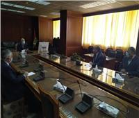 وزير الري يكلف أجهزة الوزارة بإنجاز مشروع تأهيل وتبطين الترع