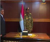 وزير الدفاع السوداني الجديد يؤدي القسم الدستوري