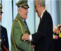 الرئيس الجزائري يشهد مراسم إطلاق اسم الفريق قايد صالح على مقر أركان الجيش