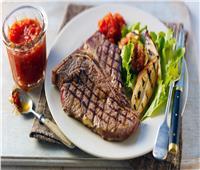 طبق اليوم.. «ستيك اللحم» على طريقة الفنادق الفاخرة