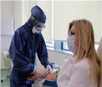 روسيا تسجل 8831 إصابة جديدة بفيروس كورونا