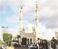مسجد عمر مكرم أشهر معالم ميدان التحرير.. وشاهد على أحزان المشاهير