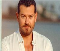عمرو يوسف يستعد لتصوير فيلم رعب