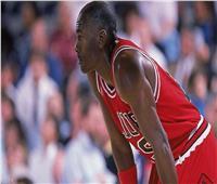 لاعب كرة سلة يتبرع بـ100 مليون دولار لمواجهة العنصرية