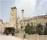 الأوقاف الفلسطينية: الاحتلال منع رفع الأذان في الحرم الإبراهيمي 54 مرة خلال مايو