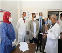 محافظ المنوفية يتفقد مستشفى منوف العام ويزور مصابى كورونا