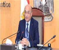 """وزارة العدل تتحمل تكاليف """"كورونا"""" دعما للعاملين بالشهر العقاري"""