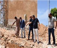 محافظ مطروح يتابع تنفيذ المشروعات بالمدينة