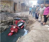 مصرع عامل بالمحلة صعقا بالكهرباء في حفرة الصرف الصحي