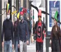 شاهد| حماية من كورونا.. فرنسيون يصممون قبعات تحافظ على التباعد الاجتماعي