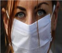 أستاذ الأنف والأذن: غسل الوجه بالماء يزيل أعراض ضيق التنفس عند ارتداء الكمامة