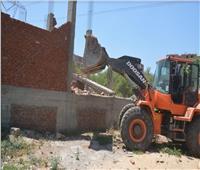 محافظ القليوبية يتابع حملة لإزالة المباني المخالفة بمدينة الخانكة
