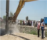 حملة مكبرة لإزالة ٢٧ محلا تجاريا مخالفا بأبو حمص