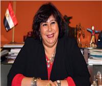 «مدبولي» يستعرض تقريرا من وزيرة الثقافة عن مبادرة «الثقافة بين أيديك»