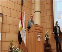 وزير الطيران: وضع كاميراتحرارية في ميناء القاهرة الجوي