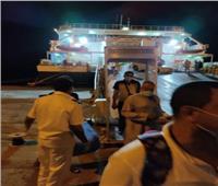 صور| وزير النقل يتابع تسيير رحلات بحرية لنقل المصريين العائدين من السعودية