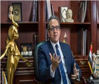 وزير السياحة يلغى قرار إغلاق أحد فنادق الغردقة لعدم تسريح العاملين