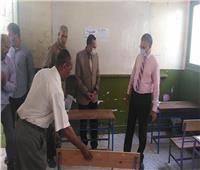 محافظ شمال سيناء يتفقد لجان واستراحات الثانوية العامة بالعريش