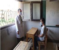 صور وفيديو| طالب يؤدي امتحان الثانوية الأزهرية «من داخل غرفة العزل»