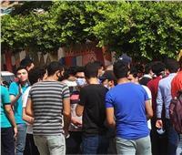 """صور.. سعادة على وجوه طلاب الثانوية العامة بالقليوبية لسهولة امتحان """"العربي"""""""