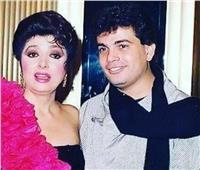 صورة نادرة تجمع عمرو دياب ونبيلة عبيد.. تعرف على كواليسها