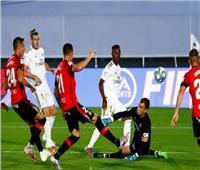 ريال مدريد يفوز بهدفين على مايوركا ويتشبث بصدارة الليجا