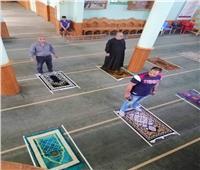 الإفتاء: التباعد بين المصلين في الجماعة لا يؤثر في صحة الصلاة