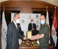 القوات المسلحة توقع عقداً لإنشاء مصنعين لفصل وتركيز المعادن الإقتصادية من الرمال السوداء