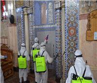 صور| «تعقيم وتطهير ووضع علامات التباعد».. مسجد الحسين يستعد لفتح أبوابه | صور