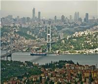 غضب الطبيعة يضرب اسطنبول بإعصار وفيضانات.. بالفيديو