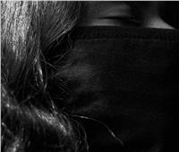 آخر تقاليع المصورين.. «فوتو سيشن» لأدوية «كورونا» | صور