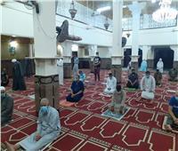 مساجد السويس تستقبل المصلين وإجراءات وقائية للحد من انتشار كورونا
