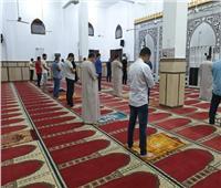 الحياة تعود لطبيعتها في دمياط وانتظام الصلاة في المساجد