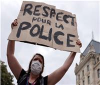 """تظاهر زوجات رجال شرطة بفرنسا لحث الحكومة على """"احترام الشرطة"""""""