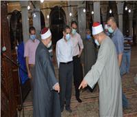 محافظ الغربية يتفقد مسجد البدوي والشيخة صباح بطنطا