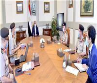 الرئيس السيسي يوجه بتوفير كافة الخدمات للمواطنين على الطرق الرئيسية الجاري تطويرها
